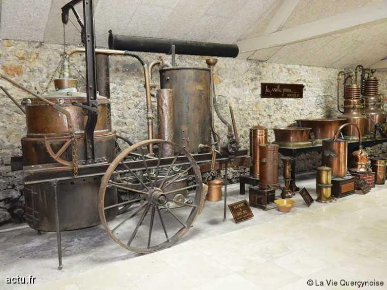 Musée de la Vieille Prune (Distillerie Louis Roque)