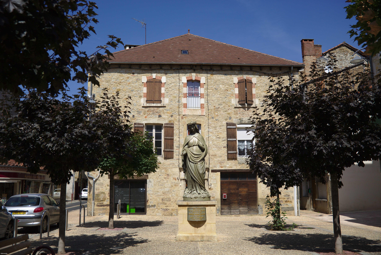 Visiter Saint-Céré