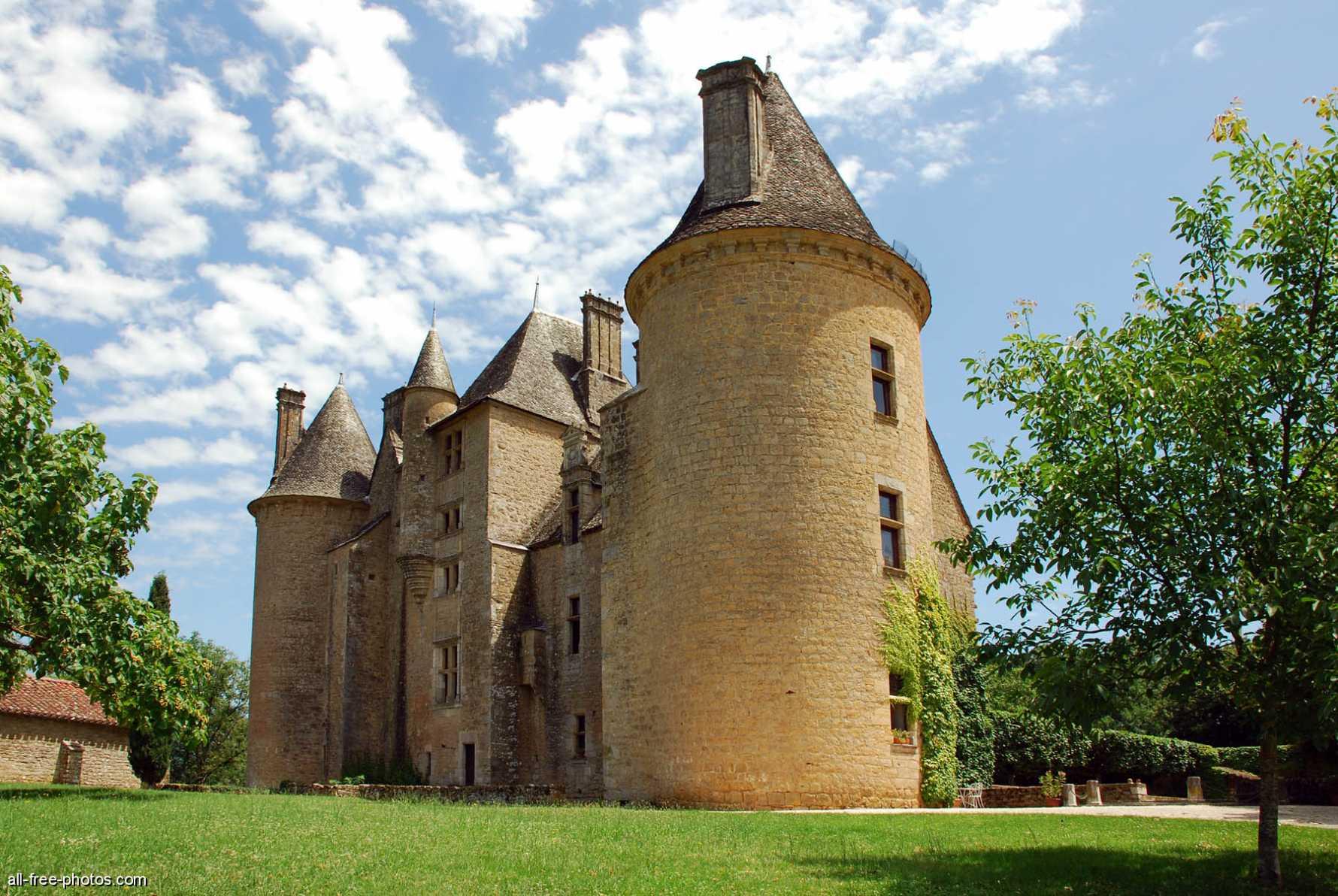 Château de Montal, Saint-Jean Lespinasse