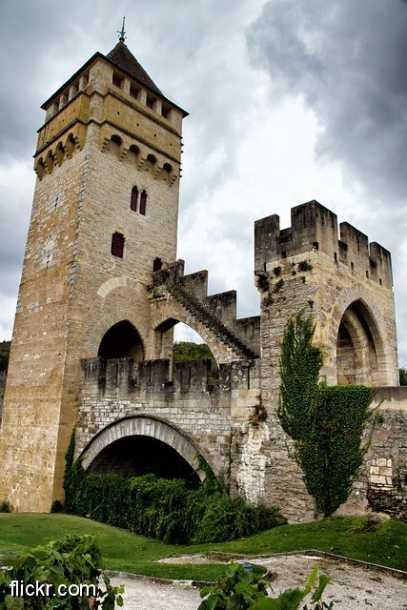 Le château de Bonaguil (Lot)